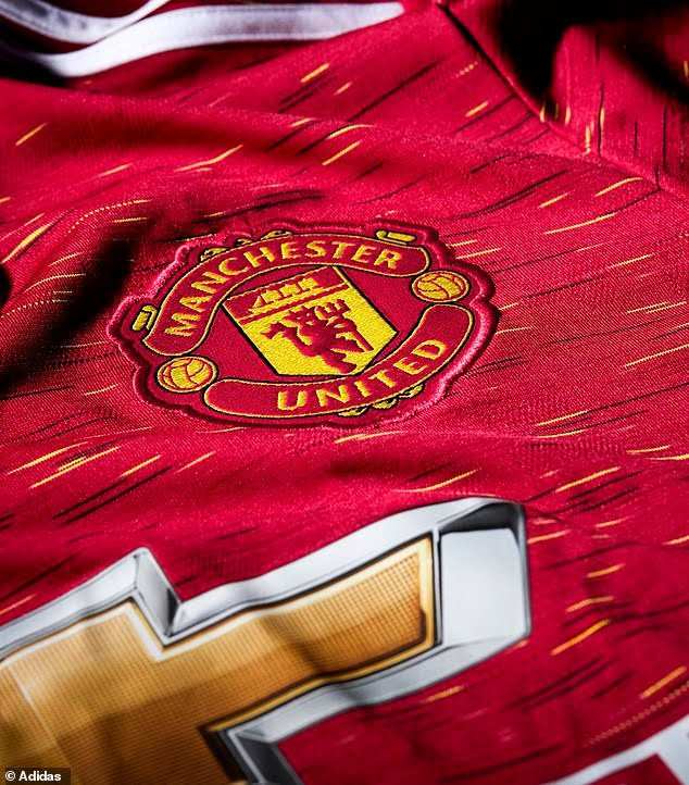https://bluebloodz.com/index.php/2020/08/04/manchester-united-releases-new-jersey-kit-for-2020-2021/‎(opens in a new tab)