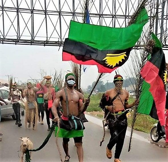 https://bluebloodz.com/index.php/2020/08/13/ipob-herbalist-&-67-others-arrested-in-imo-state/(opens in a new tab)