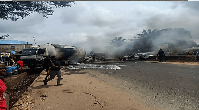 https://bluebloodz.com/index.php/2020/08/14/one-burnt-dead,-3-others-injured-as-petrol-tanker-explodes-in-imo-state/(opens in a new tab)