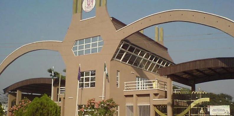 UNIBEN Wins NIGERIAN STUDENT POETRY PRICE.